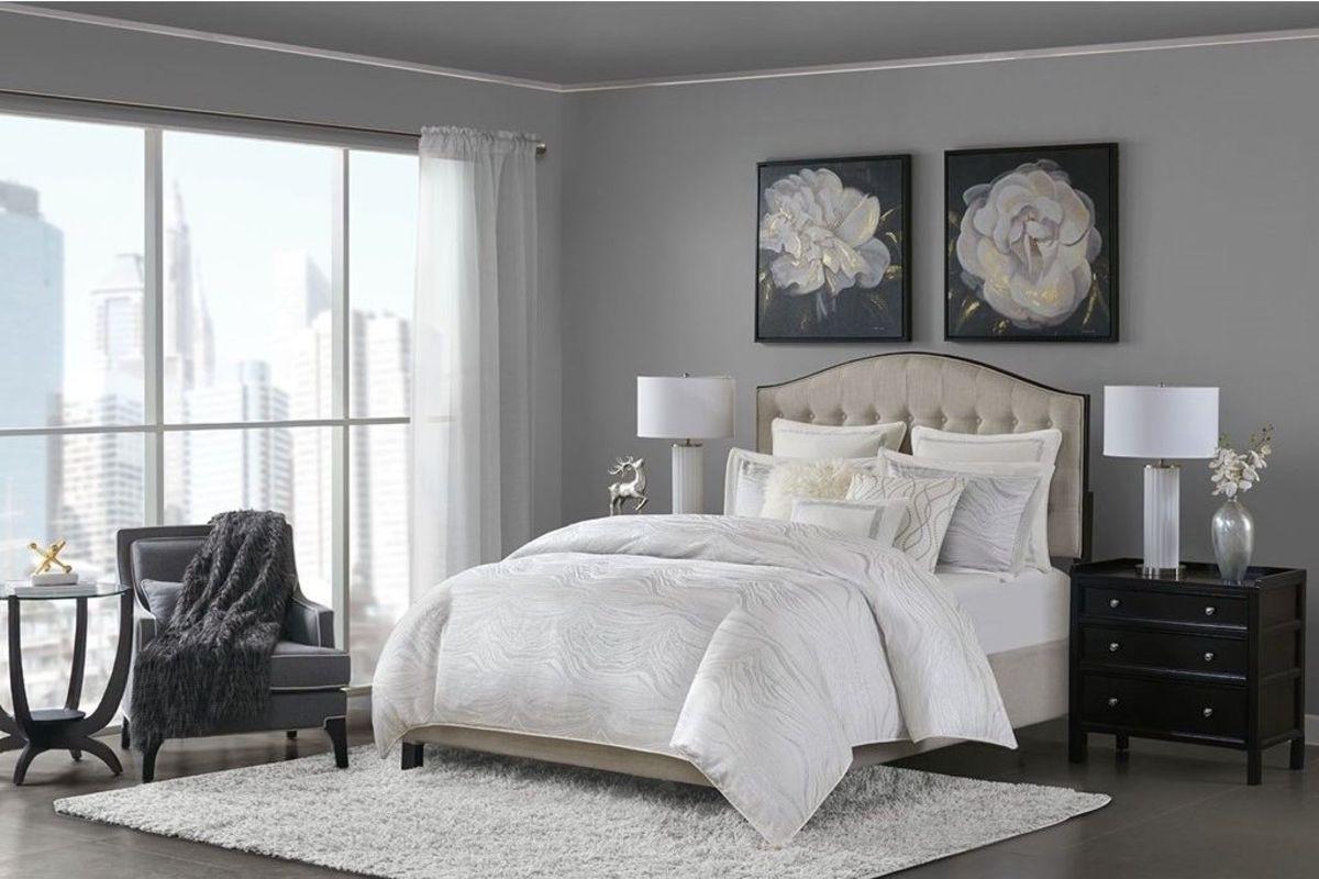 Hollywood King 9-Piece Comforter Set from Gardner-White Furniture