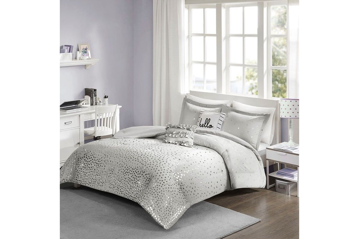 Zoey 4-Piece Twin Comforter Set from Gardner-White Furniture