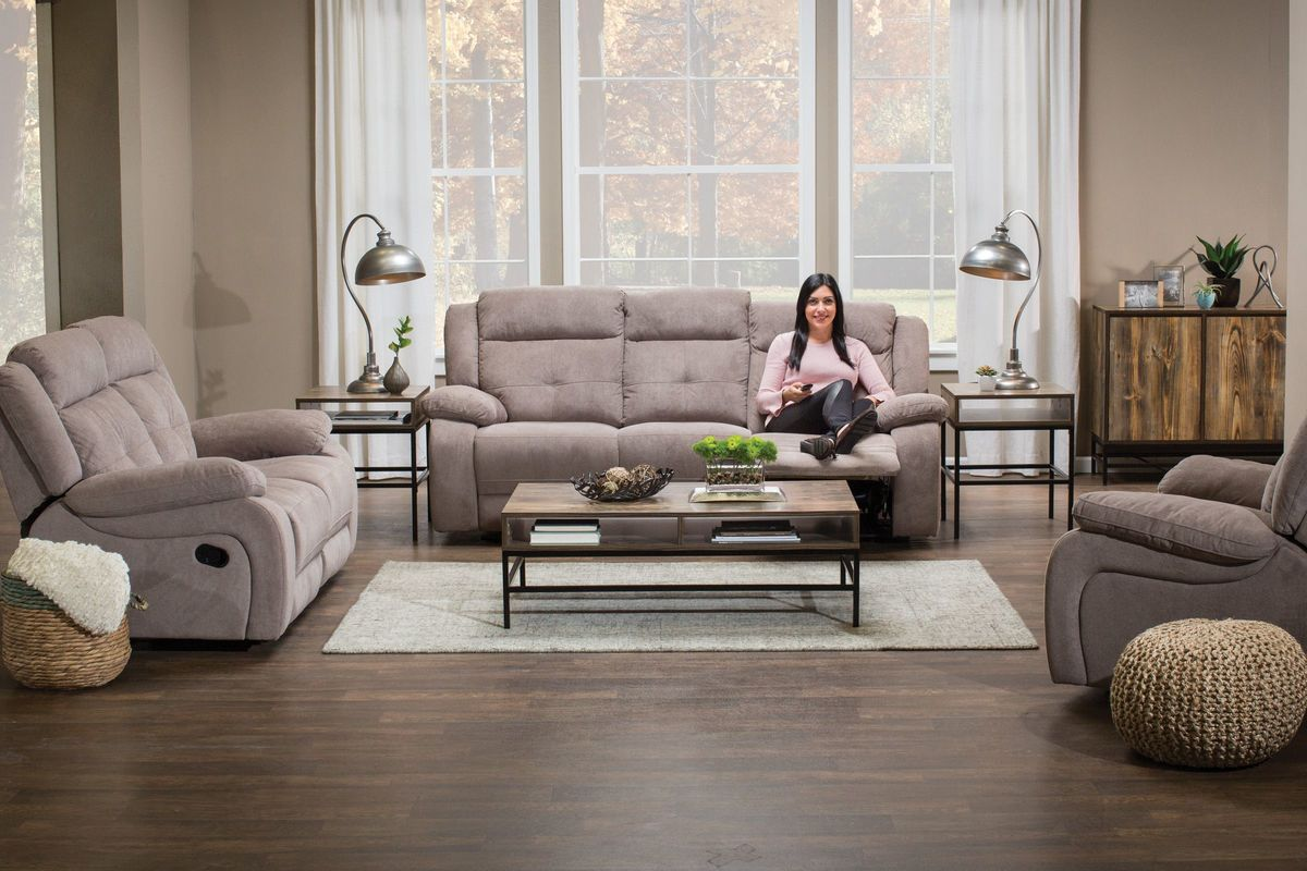 Lenox 8-Piece Urban Outlet Package from Gardner-White Furniture