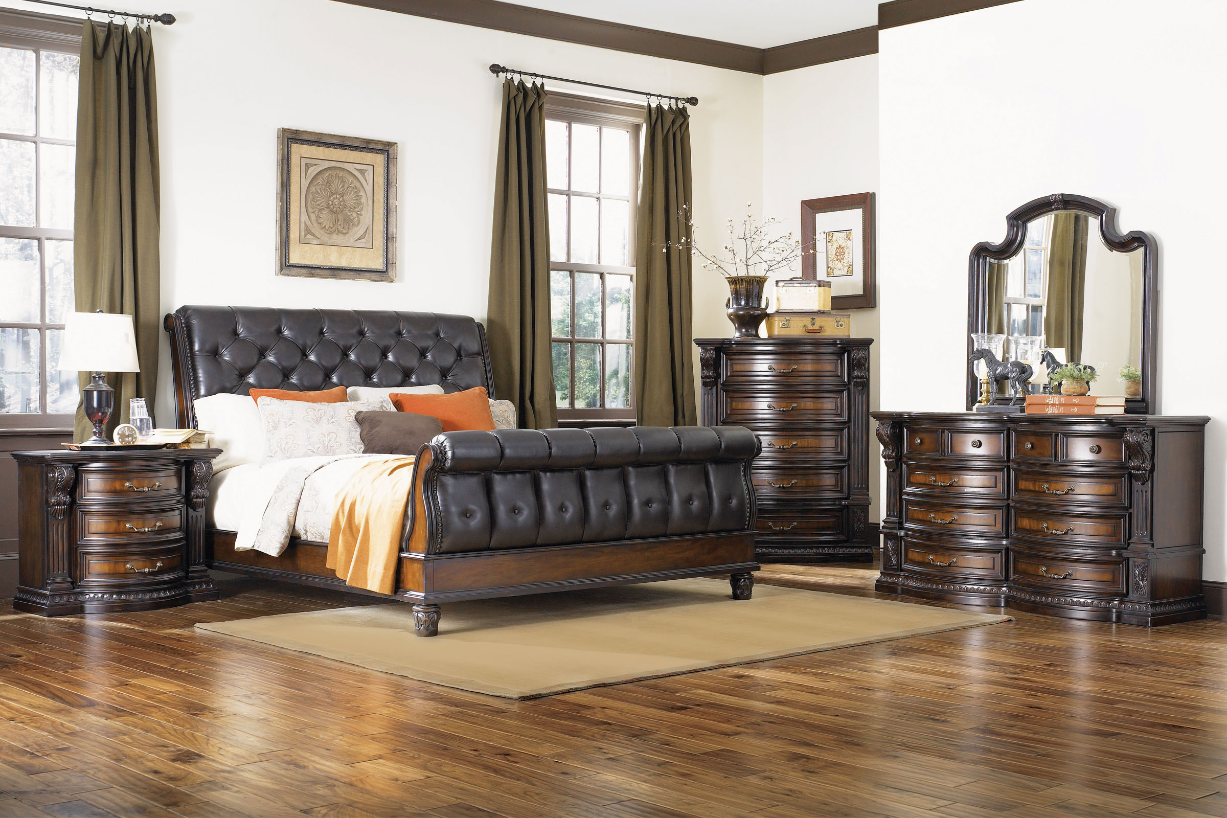 Cabernet King Sleigh Bed